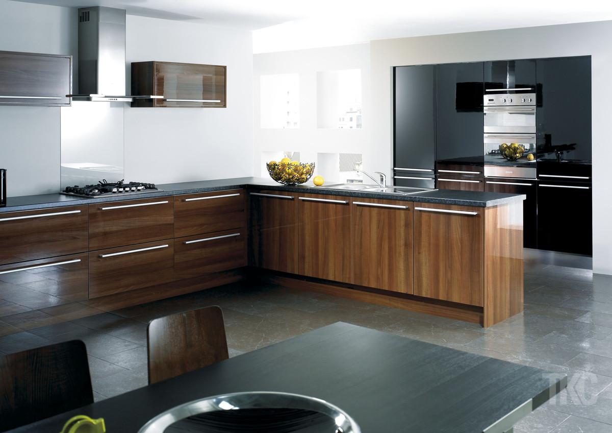 Cheap designer kitchens direct bespoke diy kitchens for Cheap luxury kitchens